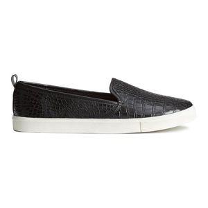 NWOT H&M Croc Print Slip On Sneakers